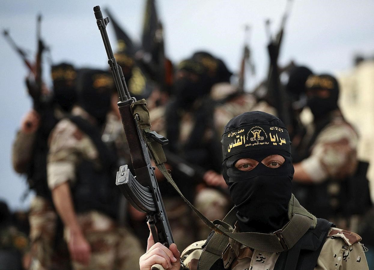 isis terrorism and richest terrorist group The islamic state in iraq and syria, more commonly known as isis - which was once a part of al qaeda - has been dubbed the richest terrorist group to date.