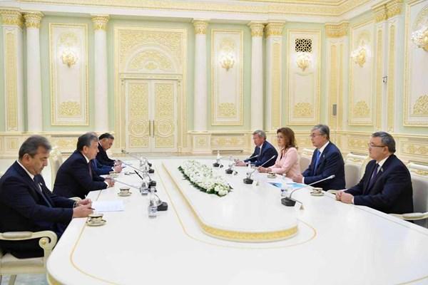 Председатель Сената Касым-Жомарт Токаев совершил официальный визит в Республику Узбекистан